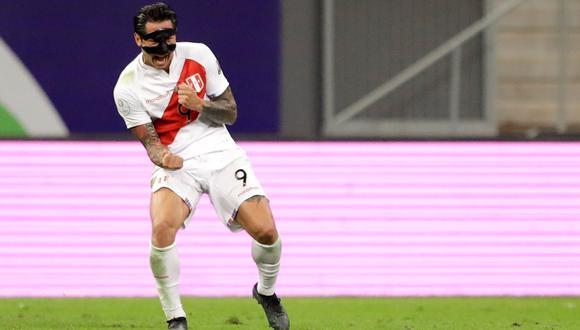 Lapadula seguiría en la Serie A de Italia (Foto: EFE)