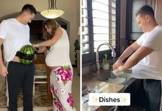 Mujer le pega una sandía en el abdomen a su pareja para que experimente cómo es el embarazo