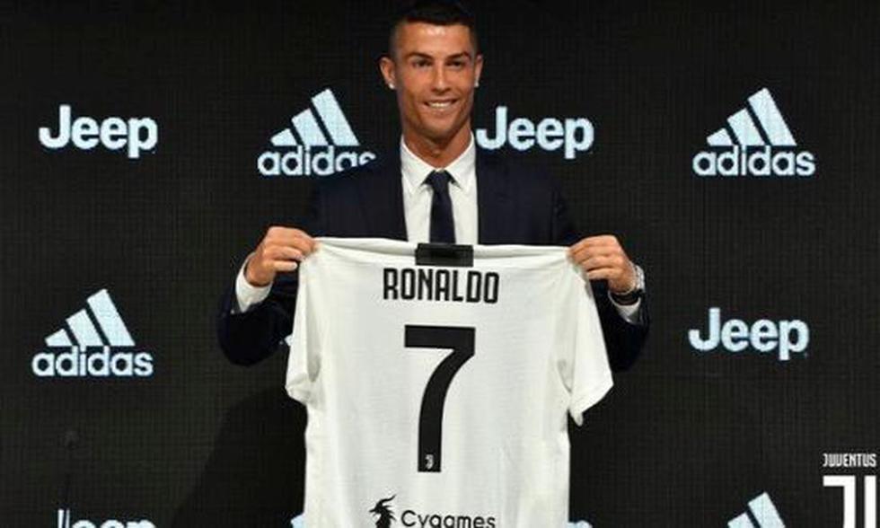 1. Cristiano Ronaldo to Juventus (2018-19) for 100 million euros.  (Photo: Getty)