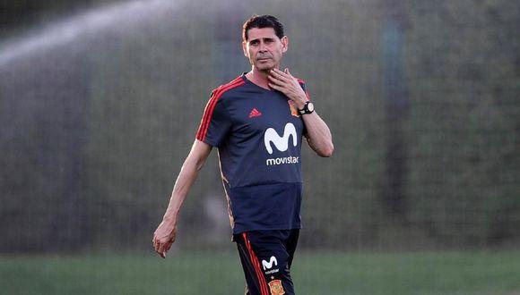 El español Fernando Hierro se reunió con los representantes de Flamengo que buscan entrenador en Europa. (Foto: AFP)