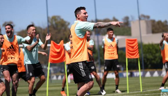 Messi encabezó entrenamientos de Argentina. (Foto: AFA)