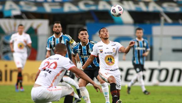 Ayacucho FC cayó 6-1 frente a Gremio en el duelo disputado en Brasil. (Foto: Agencias)