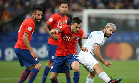 Charles Aranguiz disputó su tercera Copa América 2019. (Getty)