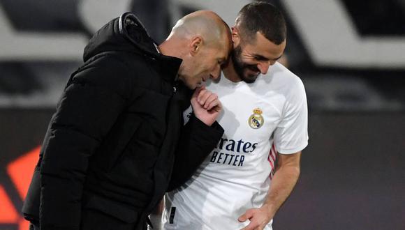 Karim Benzema tiene contrato con el Real Madrid hasta el 2022. (Foto: AFP)