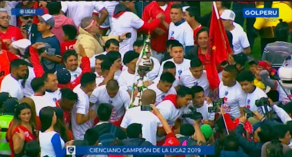 La celebración de Cienciano, luego de volver a Primera División. (Foto: GOLPERU)