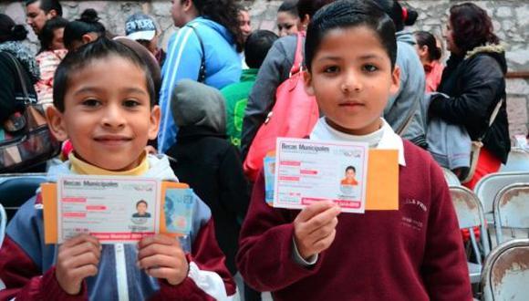 Beca para el Bienestar: entérate cómo y dónde cobrar el apoyo bimestral en México. (Foto: AP)