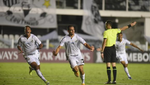 Kaiky Melo de 17 años marcó el gol del triunfo para Santos ante Deportivo Lara. (Foto: Santos FC)