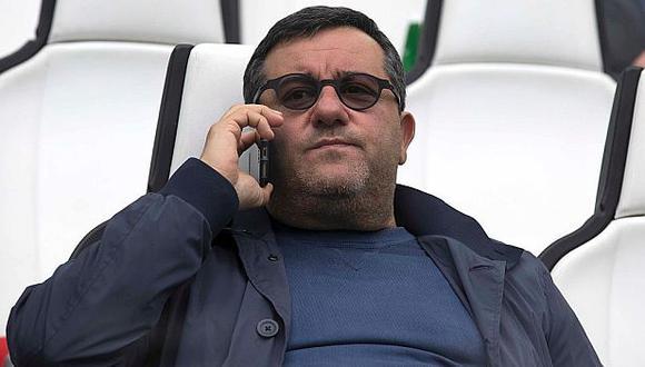Mino Raiola cuenta en su cartera de clientes con jugadores como Ibrahimovic, Pogba, entre otros. (AFP)