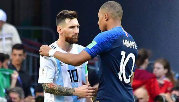 Mbappé y Messi, tras el duelo por octavos de final de la Copa del Mundo 2018. (Foto: AFP)