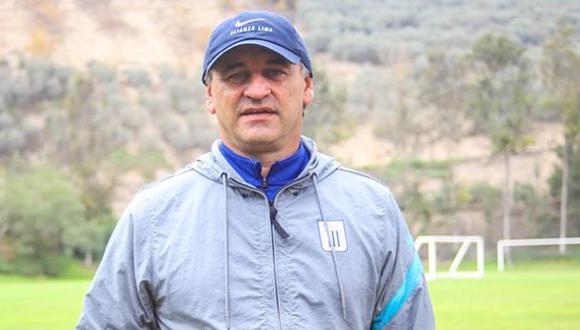 Carlos Bustos recibió emotivo mensaje de su hermano Fabián. (Foto: Alianza Lima)