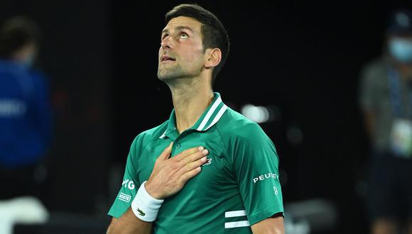 Novak Djokovic superó la marca de Roger Federer y ya lleva 311 semanas como número uno de la ATP. (Foto: EFE)