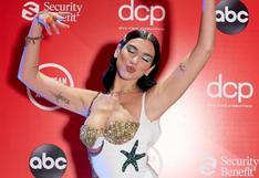 American Music Awards: Dua Lipa y el atrevido vestido que lució para la gala