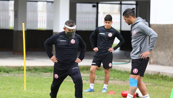 Jonathan Dos Santos se unió a los trabajos del equipo crema, pero por separado. (Foto: Universitario)