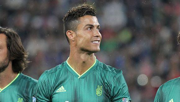 Cristiano Ronaldo compartió equipo con Pirlo y Totti en partido benéfico en Italia. (Getty)