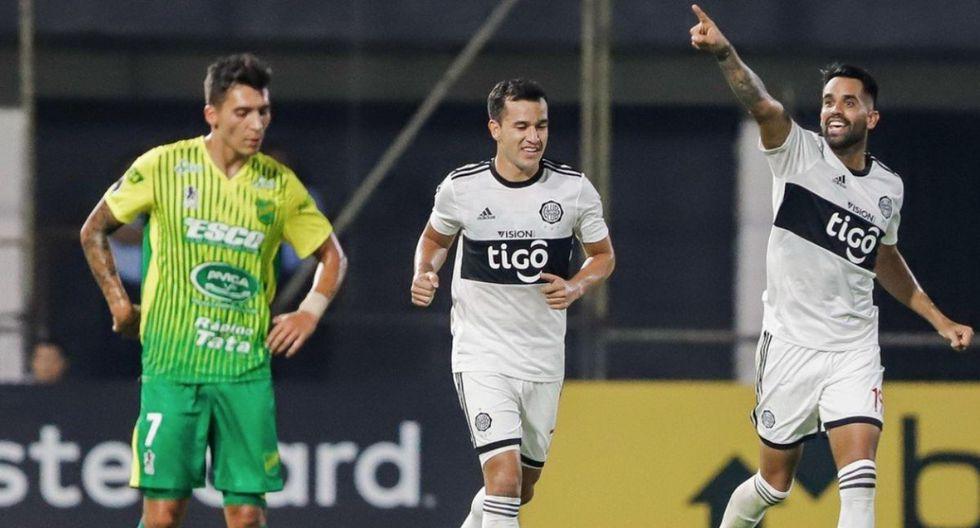 Olimpia se impuso 2-1 a Defensa y Justicia por Copa Libertadores en El Bosque.