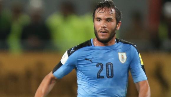 Álvaro González, jugador uruguayo, fue confundido con el zaguero que inició la polémica ante Neymar. (Foto: GEC)