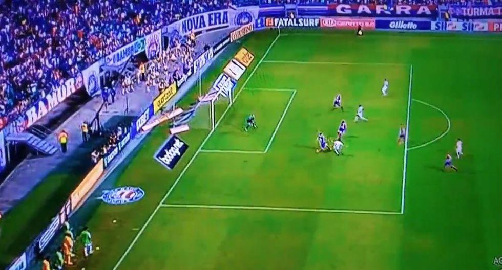 Golazo y doblete de Paolo Guerrero para el 3-1 del Internacional sobre Bahía. (Twitter)