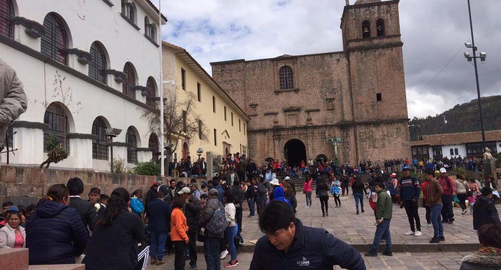 Las largas colas que se formaron para comprar las entradas para el Cienciano vs. Santos. (Foto: Difusión)