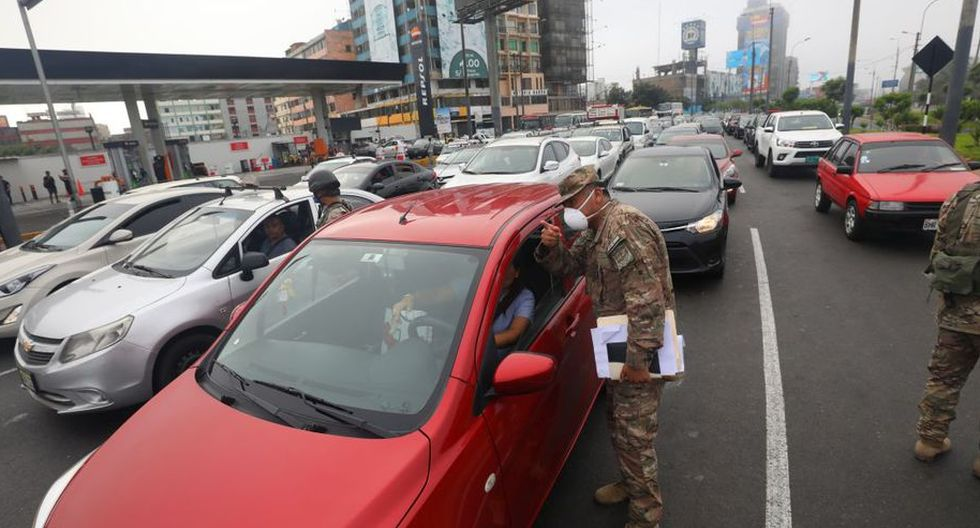 Nuevo pase vehicular rige desde este jueves. (GEC/Foto referencial)