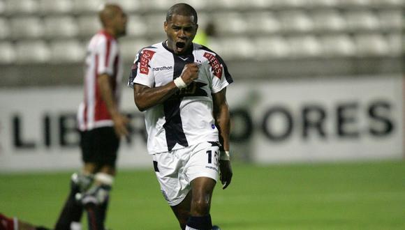 Wilmer Aguirre anotó un 'hat-trick' en la goleada 4-1 sobre Estudiantes. (Foto: Depor)
