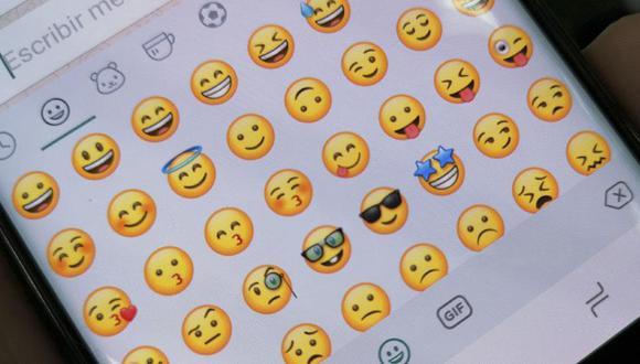 Descubre el verdadero significado de uno de los emojis más famosos de WhatsApp.