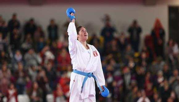 La emotiva celebración de Alexandra Grande tras ganar la medalla de oro. (Foto: Violeta Ayasta)