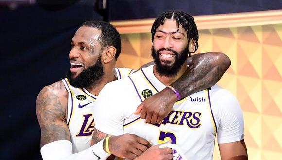 Anthony Davis firmó nuevo contrato con Los Angeles Lakers por cinco años. (NBA Twitter)