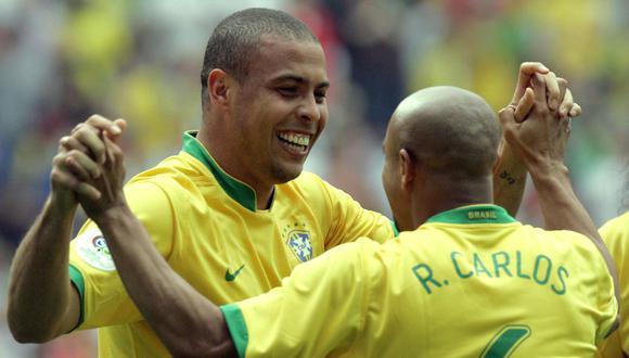 Ronaldo y Roberto Carlos compartieron equipo en la selección de Brasil y el Real Madrid. (Foto: Getty)