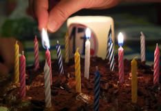 Su madre le hizo una tarta de cumpleaños y le dejó un peculiar mensaje que se volvió viral