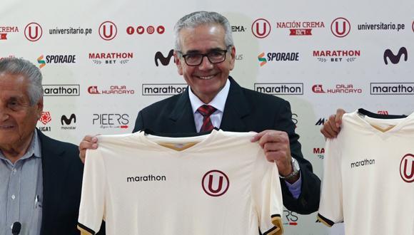 Gregorio Pérez fue presentado como flamante técnico de Universitario. (Foto: GEC)