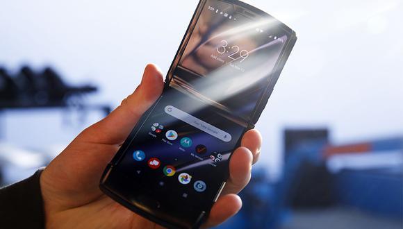 Motorola Rarz: características del nuevo celular plegable. (Foto: BLOOMBERG)