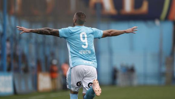 Emanuel Herrera lleva 31 goles, esta temporada. (Foto: USI)