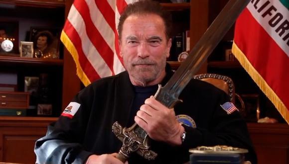Arnold Schwarzenegger compartió video del preciso instante en que fue vacunado contra la COVID-19. (Foto: @schwarzenegger)