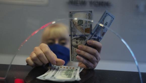 El dólar se cotizaba en 20,1743 pesos en México este viernes. (Foto: AP)
