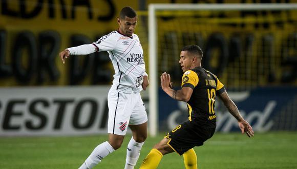 Peñarol y Paranaense igualaron por la última jornada del Grupo C de la Copa Libertadores. (Foto: Conmebol).