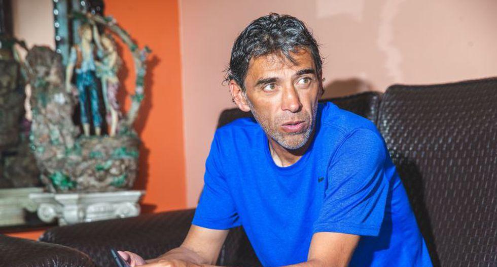 Juan Carlos Bazalar continúa luchando contra el COVID-19: exjugador anunció que dio positivo por tercera vez