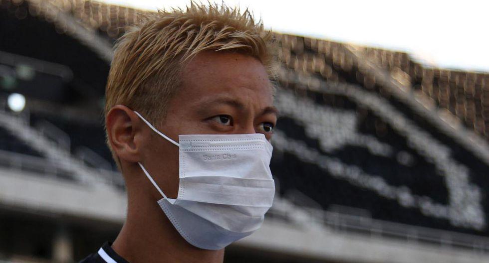 El japonés Keisuke Honda renunció al suelo de marzo, pero Botafogo no aceptó la propuesta. (Foto: @Botafogo)