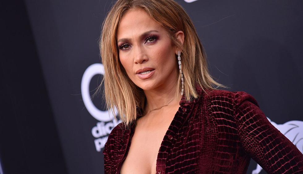 """Jennifer Lopez le rindió un merecido homenaje a Selena Quintanilla en su último show de """"It's my party"""". (Foto: AFP)"""
