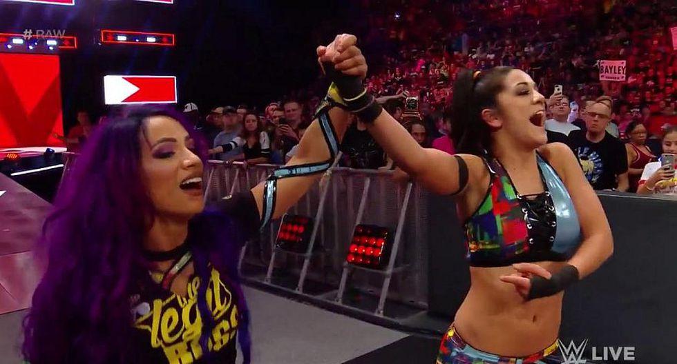 Sasha Banks y Bayley vencieron a Ember Moon y Dana Brooke. (WWE)