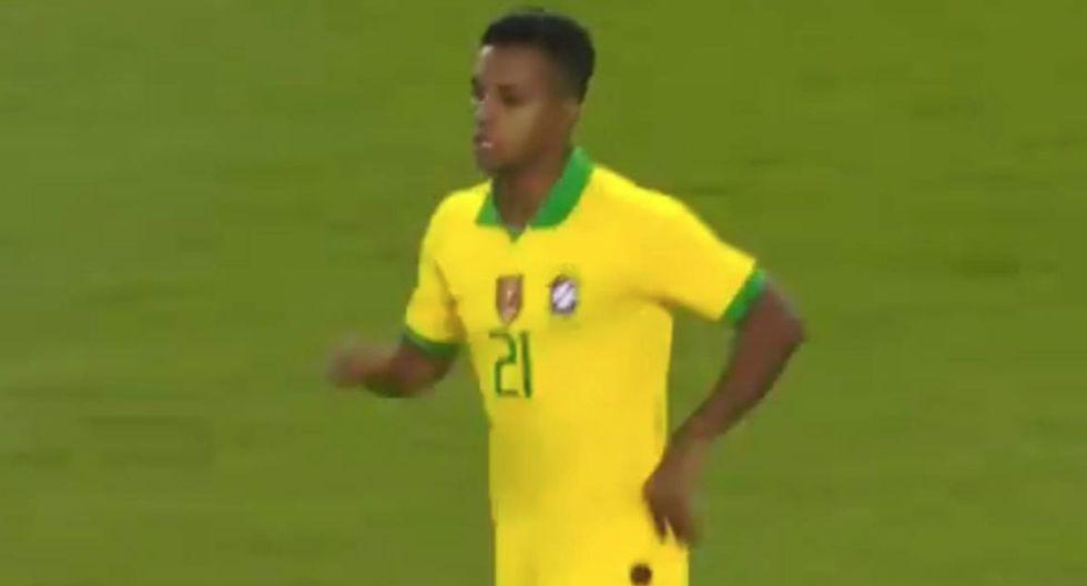 Rodrygo Goes ingresó a los 71 minutos del Brasil-Argentina por Willian. (Foto: Twitter)