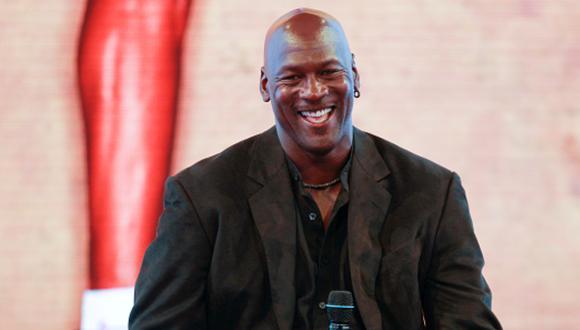 'Air' Jordan formó parte del equipo de Chicago Bulls que ganó seis anillos de la NBA en los noventa. (Foto: Getty Images)