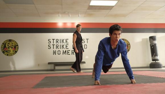 """A propósito de la nueva temporada de """"Cobra Kai"""", Netflix te enseña algunos trucos sobre su uso. (Foto: Cortesía / Netflix)."""
