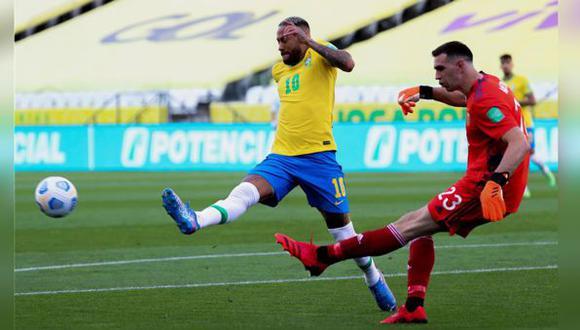 Emiliano Martínez podría no ser liberado por el Aston Villa para la próximas fechas de las Eliminatorias Qatar 2022. (Foto: EFE)