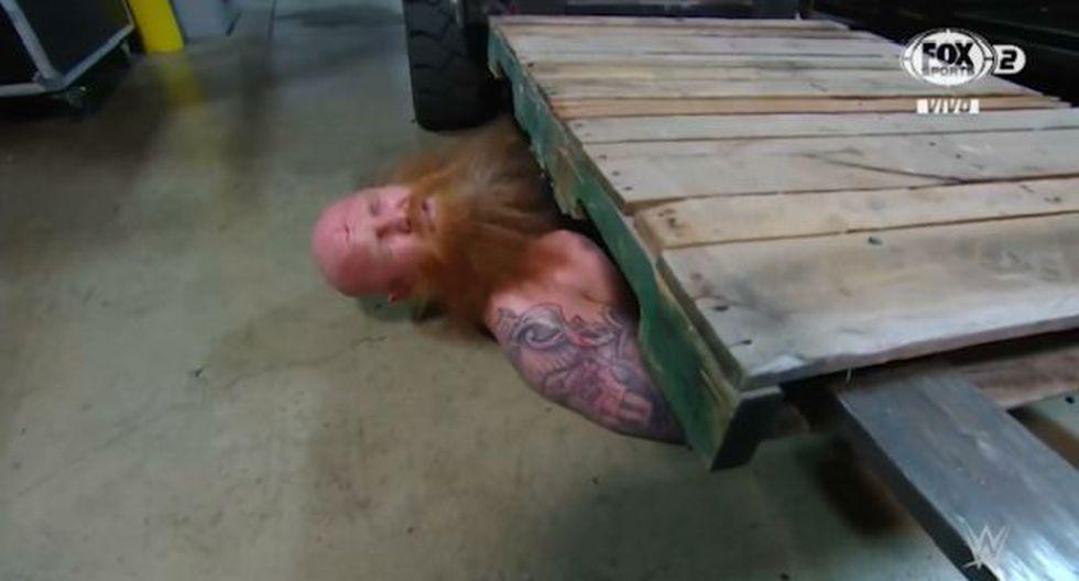 Seth Rollins venció a Erick Rowan con ayuda de un vehículo. (Foto: WWE)