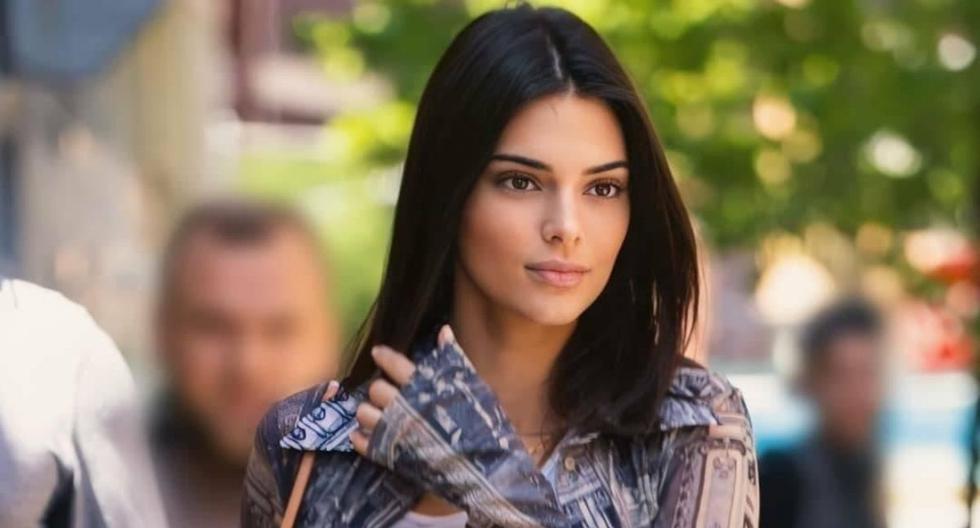 Kendall Jenner, usualmente, no sale a la calle dos veces con la misma ropa. Sí, ella tiene el privilegio de poseer una gran variedad de prendas. (Foto: Getty | Jeremy Cliffton)