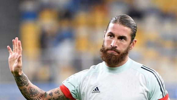 Sergio Ramos se lesionó en el partido ante Cádiz por LaLiga Santander. (AFP)