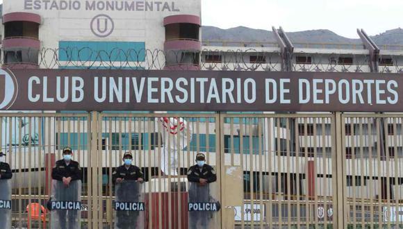 La policía llegó hasta el estadio Monumental de Universitario de Deportes. (Foto: Lino Chipana Obregón / GEC)