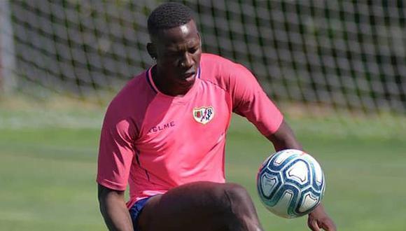 Luis Advíncula inició hoy la pretemporada con el club madrileño. (Foto: Rayo Vallecano)