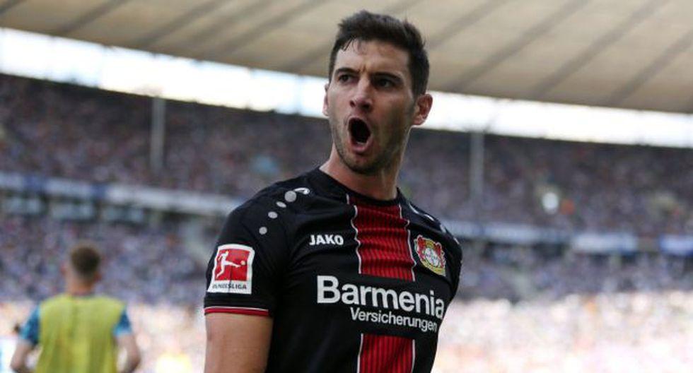 Lucas Alario registró el tercer 'hat-trick' de su carrera. (Foto: @bayer04_es)