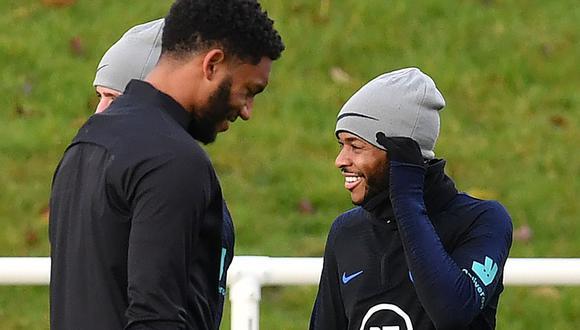 La Federación inglesa comunicó que Raheem Sterling fue desconvocado este martes de la selección a causa del incidente con Joe Gómez. (Foto: AFP)